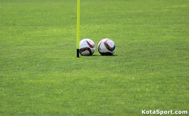 Кой е най-добрият футболен ръководител? (АНКЕТА)