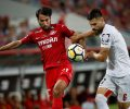 Капитанът на Спартак (М) за Ивелин Попов: Легенда на българския футбол