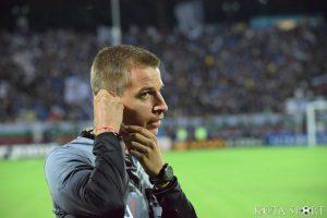 Депутат се омаза здраво! Без победител, след скандален червен картон за Славия и безумно отменен гол на Лудогорец (ВИДЕО)