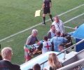 Футболист на Созопол с тежко комоцио, откараха го в болницата