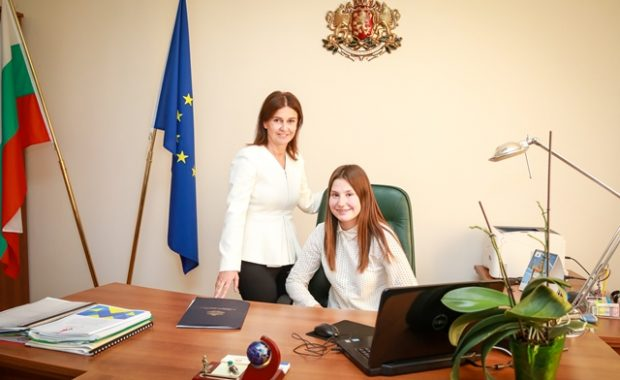 Ученичка от Ямбол стана зам.-министър на спорта