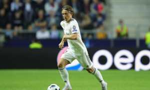 Модрич се съмнява, че трябва да продължи да играе за Реал