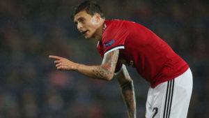 Защитник на Манчестър Юнайтед пренаписа бъдещето си за 5 години напред