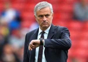 Бивш треньор на Юнайтед е готов да поведе Тотнъм