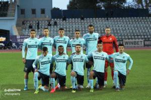 Дунав стяга селекция за атака на професионалния футбол
