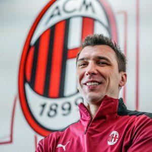 Милан официално представи Марио Манджукич